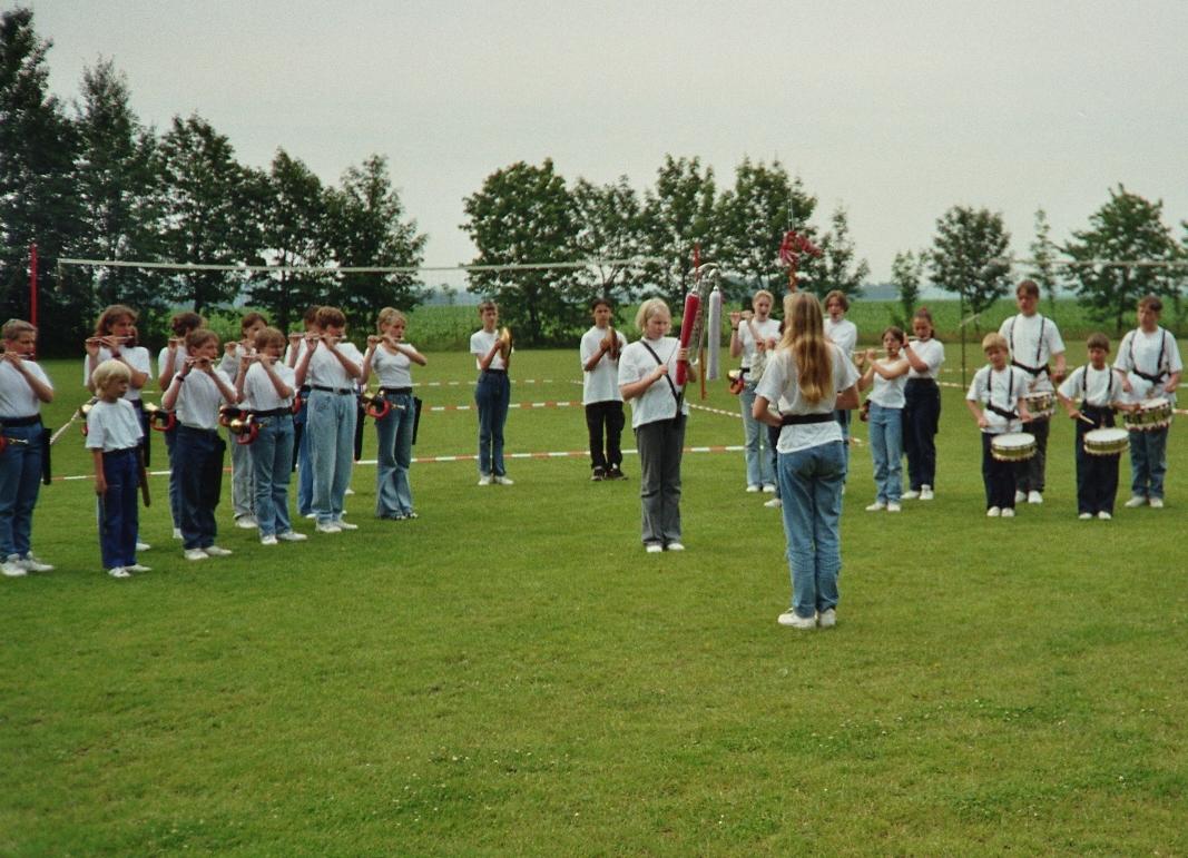 1999 - 2.jpg
