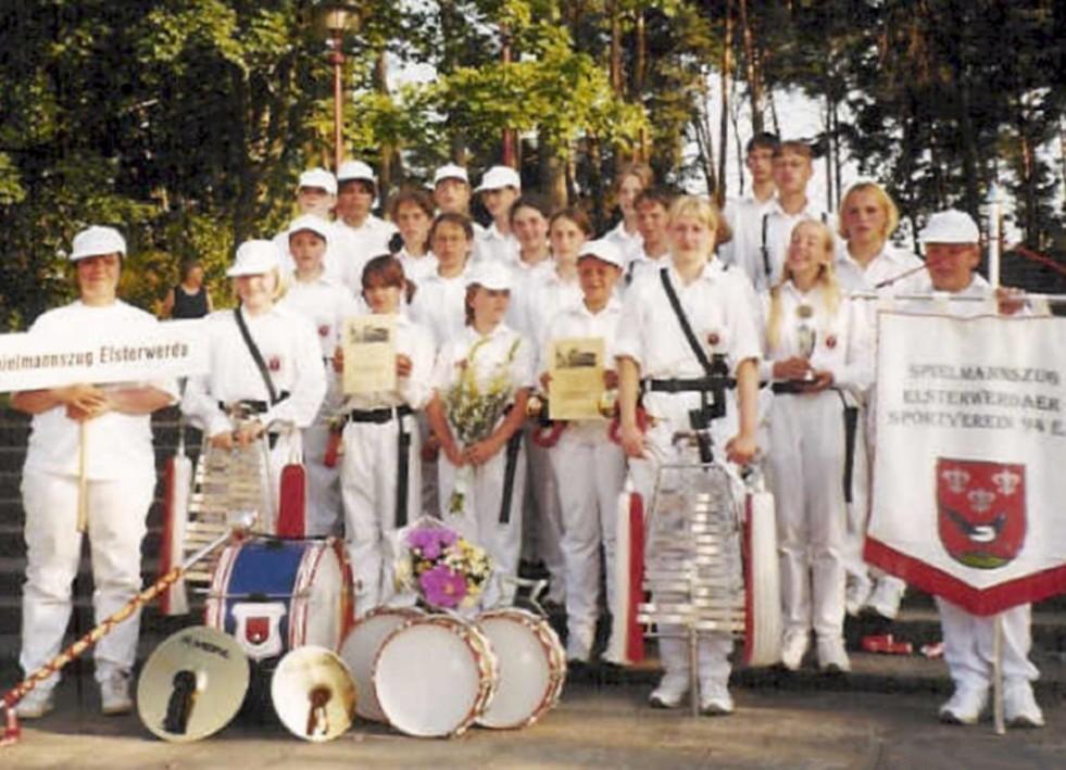 1999 - 3.jpg
