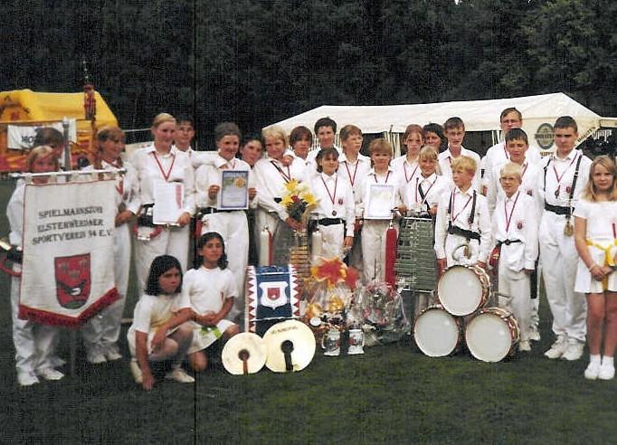 2000 - 4.jpg
